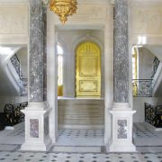 Banquet hall flooring in Alpi Green and Calacatta Michelangelo